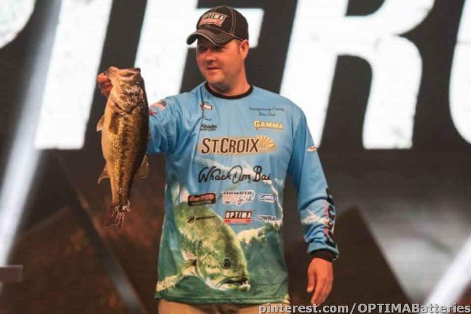 Mark Pierce with bass at the Bassmaster Classic