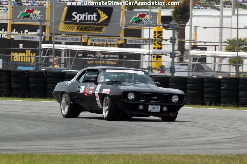 Tony-Ramos-1969-Chevrolet-Camaro-Toronto-ON-32_4